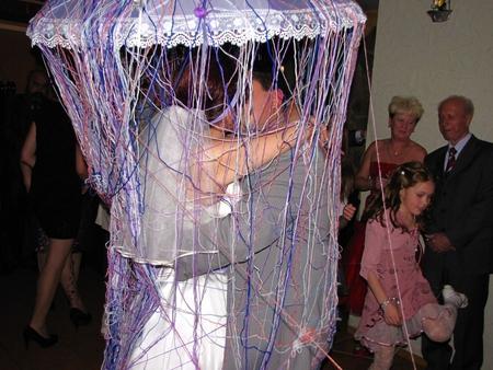 Клубки ниток на свадьбе